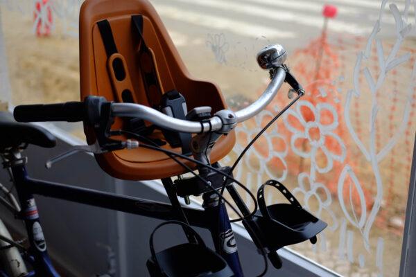 Cadeira fixação frontal 1